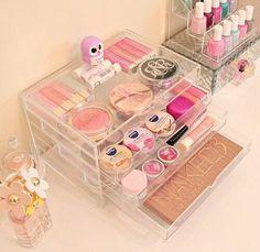 cute makeup storage ♡