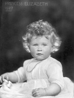 Queen Elizabeth as a baby 1927 | Queen Elizabeth II through time