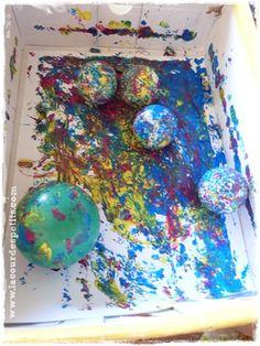 Peindre dans une boîte: une activité peinture pour bébé propre ! |La cour des petits