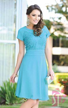 VESTIDO 10491 - Clássica Moda Evangélica Old Dresses, Modest Dresses, Elegant Dresses, Short Sleeve Dresses, Maxi Skirt Tutorial, Party Dresses For Women, Pretty Outfits, Dress Patterns, African Fashion