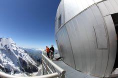 Le refuge du Goûter ouvre ses portes à près de 4000 mètres Chamonix, Refuge, Opera House, Louvre, Tech, Architecture, Building, Places, Travel