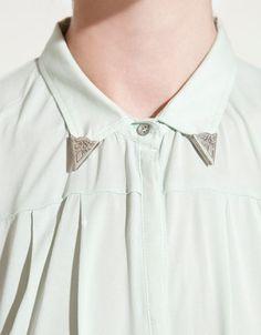 collar detail<3