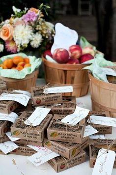 mini pies and fruit for fall wedding favor