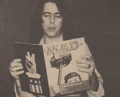 Alice Cooper reads.