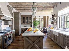 Inside Gisele Bündchen and Tom Brady's Eco-Friendly Mansion| Gisele Bundchen, Tom Brady