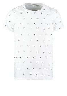 Der Print für deinen Stylefaktor! Jack & Jones JJPRMINIMAL SLIM FIT - T-Shirt print - white für 19,95 € (10.07.16) versandkostenfrei bei Zalando bestellen.