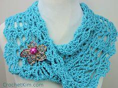 Free Crochet Pattern: Peacock Lace Crochet Infinity Cowl. http://www.allfreecrochet.com/Crocheted-Cowls/Peacock-Lace-Crochet-Infinity-Cowl