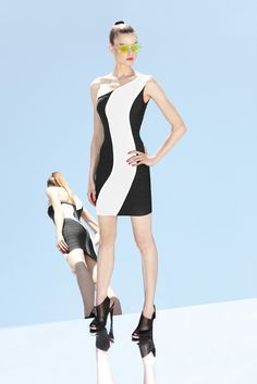 Hervé Léger by Max Azria Resort 2013 Collection - Vogue White Fashion, Colorful Fashion, Love Fashion, Fashion Show, Max Azria, White Bandage Dress, Herve Leger Dress, Fashion Capsule, Fashion Images