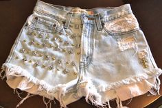 Vintage Levi's high waisted Daisy Duke by vintagecollestion, $59.95