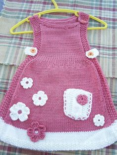 No automatic alt text available. Easy Knitting Patterns, Knitting For Kids, Baby Knitting, Crochet Baby, Knit Crochet, New Baby Dress, Baby Girl Dresses, Baby Outfits, Crochet Girls Dress Pattern