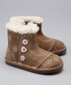 I want these for Addy. I have a pair kinda like them.