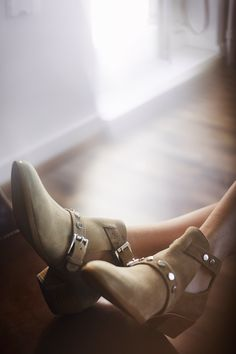 Tap Shoes, Dance Shoes, Street Style, Ankle, Couture, Boots, Fashion, Dancing Shoes, Crotch Boots