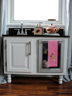How we built a child's play kitchen @tudorsdownblog.com