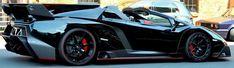 lamborghini Veneno Roadster Veneno Roadster, Top Sports Cars, Lamborghini Veneno, Hot Cars, Cars And Motorcycles, Luxury Cars, Dream Cars, Super Cars, Ferrari