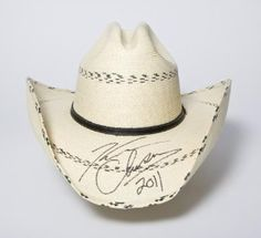 Kenny Chesney~~ this would be beyond awesome.....I hope someday to meet him.<3