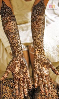 5 Sensational Asha Savla Bridal Mehndi Designs You'll Love