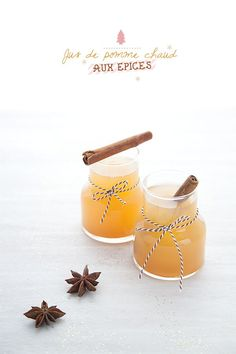 { Vivement Noël } Jus de pomme chaud aux épices - Expolore the best and the special ideas about Liqueurs Vegan Dessert Recipes, Raw Food Recipes, Vegan Christmas, Xmas Food, Apple Juice, Apple Cider, Kakao, I Love Food, Yummy Drinks