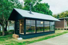 """""""Muji Hut"""" 25,000 Poppytalk: 9 Summer House Ideas Under $30K"""