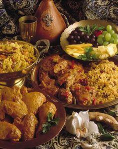 Cape Malay food. Halal Recipes, Spicy Recipes, Indian Food Recipes, Asian Recipes, Healthy Recipes, Ethnic Recipes, Healthy Food, Malay Food, Good Food