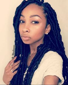 Gorgeous Faux Goddess Locs! See Tutorial Here: http://www.naturalhairmag.com/faux-goddess-locs-tutorial/ IG:@_eunicorn #naturalhairmag