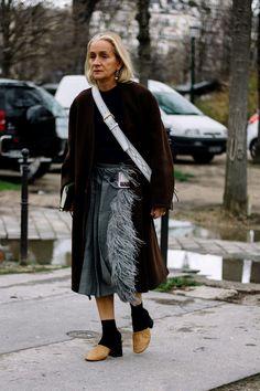 Women S Fashion Queen Street Mall Mature Fashion, Older Women Fashion, Over 50 Womens Fashion, Boho Fashion, Cheap Fashion, Paris Fashion, The Sartorialist, Stylish Older Women, Classy Women