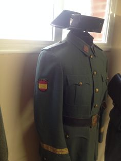 Guerrera de Sargento del Rgto 43 ,con parche Division Azul