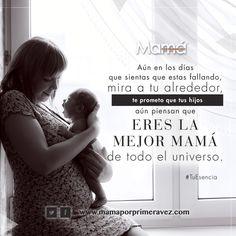 Aún en los días que sientas que estas fallando, mira a tu alrededor, te prometo que tus hijos aún piensan que eres la mejor mamá de todo el universo. http://www.mamaporprimeravez.com/tu-esencia/