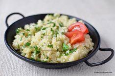 Cuscus rețeta cea mai simplă - cum se prepară couscous savori urbane Pizza Lasagna, Romanian Food, My Recipes, Feta, Risotto, Potato Salad, Side Dishes, Food And Drink, Rice