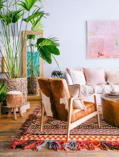 Gorgeous colorful boho living room.