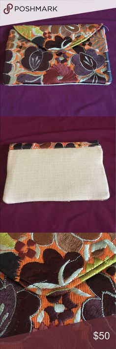 Mexican Embroidered Wallet SALE Mexican Embroidered Wallet, Leather Trim, Mexican Wallet, Oaxaca Embroidery  These items are handmade, boutique items, perfect quality, Traditional design of Mexican Art Bags Wallets