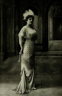Les Modes (Paris) 1912. Robe du Soir par Cauet.