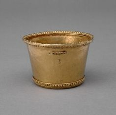 vessel  cup  Early Middle Ages,  7th - 9 Century AD