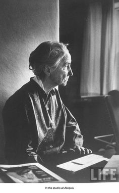 Miss Moss · Georgia O'Keeffe: Horizons of a Pioneer