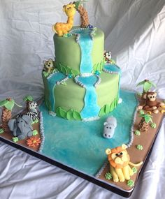 My First Cake For Icing Smiles Little Boy Loves Jungle Animals So I  cakepins.com
