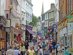 The population density of Norwich is 4100 people per square kilometer. In the city of Norwich had a population of Norwich England, Norwich Norfolk, Happiest Places To Live, Places In England, British Garden, Living In England, London Street, Portsmouth, Great Places