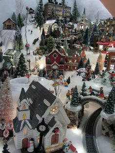 Is this the week you start decorating for the holidays? Can you imagine having the vision to arrange a village that is this intricate? Christmas Tree Village, Christmas Train, Christmas Villages, Christmas Love, Beautiful Christmas, Christmas Holidays, Christmas Wreaths, Christmas Crafts, Christmas Decorations