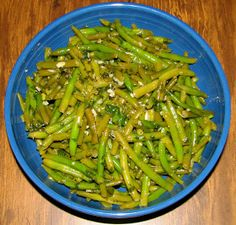 Shel's Kitchen: Marinated Green Beans with Cilantro and Garlic