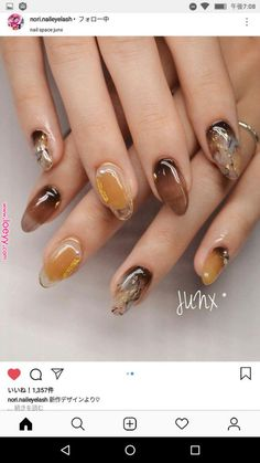 Pin by Miroslava Roháčová on nail art design in 2019 Marble Nail Designs, Marble Nail Art, Nail Art Designs, Hair And Nails, My Nails, Water Nails, Minimalist Nails, Stylish Nails, Perfect Nails
