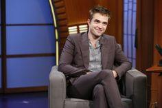 Rob no 'The Late Night com Seth Meyers' - 17 de Junho | Hollywood News