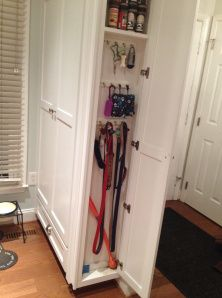 Leash storage