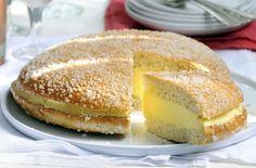Tarte tropezienne - La tarte tropezienne è un dolce mitico, creato a Saint-Tropez negli anni 60, un ricco pain brioche farcito di golosa crema diplomatica.
