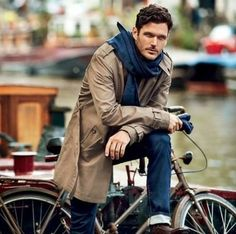 Trench and jeans #fashion // #men // #mensfashion