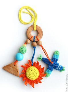 """Развивающие игрушки ручной работы. Ярмарка Мастеров - ручная работа Слингоигрушка """"Небо, солнце, самолет"""". Handmade."""
