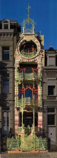 pinipapaya: Maison Saint-Cyr by Gustave Strauven, Brussels, Art Nouveau