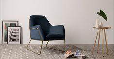 Frame Sessel, Messing und Samt in Marineblau   MADE.COM