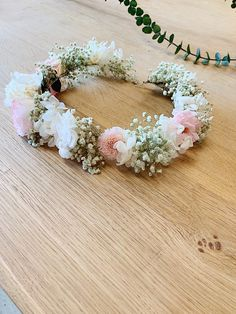 Wedding Makeover, Baby Flower Crown, Little Babies, Baby Ideas, Beautiful Flowers, Marie, Floral Wreath, Creations, Bridesmaid