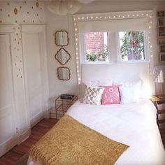 Senior year apartment #smallspacestyle by @dormify #intern @janemeredith. Nice work!!!