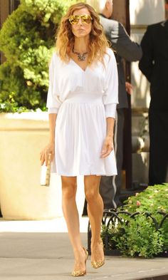 Carrie Bradshaw Wearing A Halston Heritage Dress And Christian Louboutin Shoes, Sex And The City 2 Movie