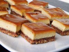 Cinnamon Swirl Caramel Cheesecake Bars by Chef Amber Shea (Vegan) Cheesecake Squares, Caramel Cheesecake, Cinnamon Cheesecake, Raw Cheesecake, Pumpkin Cheesecake, Caramel Bars, Raw Food Recipes, Sweet Recipes, Dessert Recipes