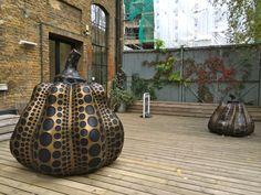 Yayoi kusama's pumpkins at Victoria Miro gallery